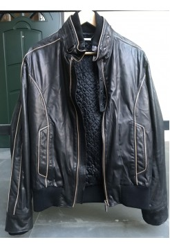 Кожаная куртка от Cortigiani