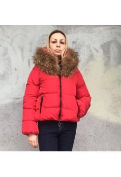 Куртка красная Moncler