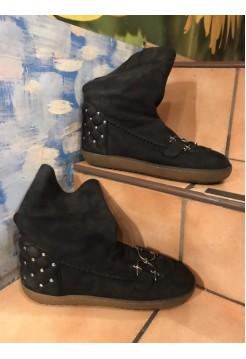 Ботинки-мунбуты от Cesare Paciotti