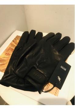 Перчатки от Hugo Boss